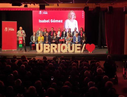 26M.- Irene García respalda a la alcaldesa de Ubrique en la presentación de su candidatura a las municipales